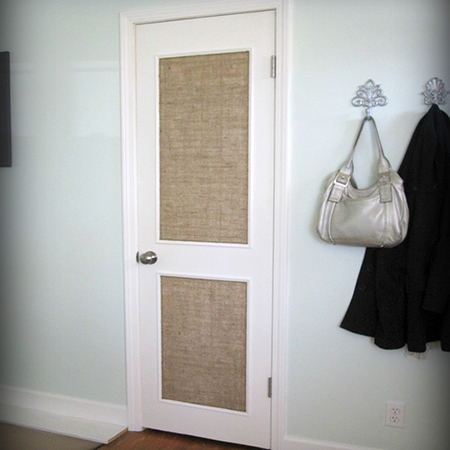 via http://www.home-dzine.co.za/decor/decor-add-trim-interior-door.htm